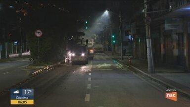 Obras de revitalização na Avenida Mauro Ramos, em Florianópolis, devem durar dois meses - Obras de revitalização na Avenida Mauro Ramos, em Florianópolis, devem durar dois meses