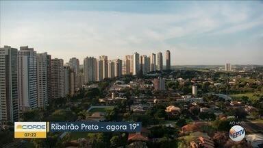 Confira a previsão do tempo para esta quinta-feira (9) em Ribeirão Preto - Temperatura chega a 29°C. Há previsão de pancadas de chuva durante a tarde e à noite.