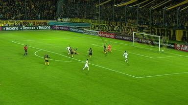 Os gols perdidos por Gabigol contra o Peñarol - Os gols perdidos por Gabigol contra o Peñarol