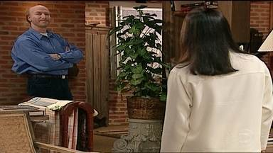 Rafael pede para Helena abrir mão de Atílio - Confira