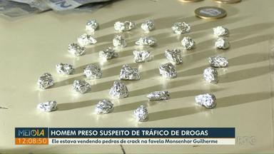 Homem é preso suspeito de tráfico de drogas - Ele foi preso em flagrante com pedras de crack e dinheiro.