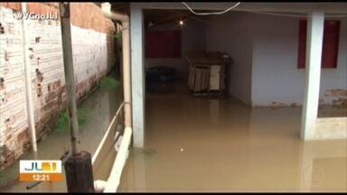 Temporal deixa ruas e casas alagadas em Altamira, sudoeste do Pará - Jornal Liberal