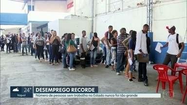 Desemprego no Rio nunca foi tão alto quanto nos primeiros três meses do ano - Estado tem cerca de 1.358.000 de pessoas sem trabalho