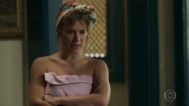 Afrodite se recusa a conversar com Nicolau sobre proposta de Olavo - Chapeiro se insinua para a ex-mulher