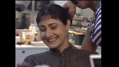 Veja como era feito o bigode de Zezé Polessa em Memorial de Maria Moura - Assista!