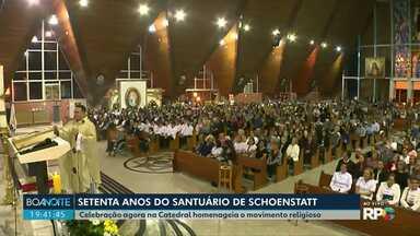 Celebração é realizada em homenagem aos 70 anos do Santuário de Schoenstatt - Em Curitiba o sábado também foi dia para a Marcha para Jesus.