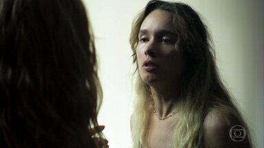 Ticiana ameaça a vida de Maria - Evelina sugere que a filha fuja para se salvar