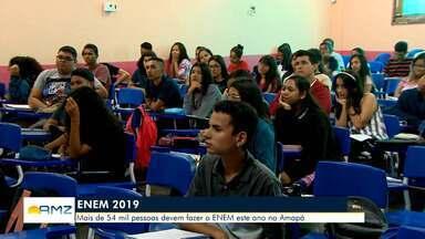 Candidatos se preparam para o Enem 2018, no Amapá - Mais de 54 mil pessoas devem fazer a prova.