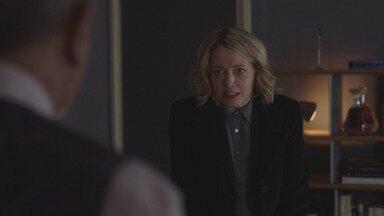 Paraíso Perdido - Enquanto os americanos conseguem se infiltrar no banco, Elisabeth se depara com as confissões de Paul que podem derrubar o banco e manchar o nome dos Grangiers.