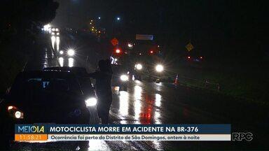 Motociclista na contramão morre em acidente na BR-376 - Acidente foi em Maringá, na noite desta quinta-feira (24).