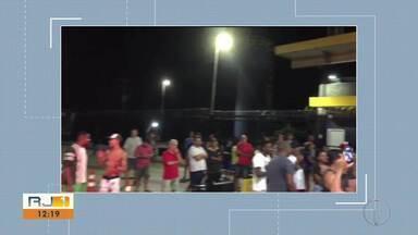 Moradores apresentam proposta de criação de retorno na BR-101 em Casimiro de Abreu - Assunto foi motivo de protesto por parte dos moradores.