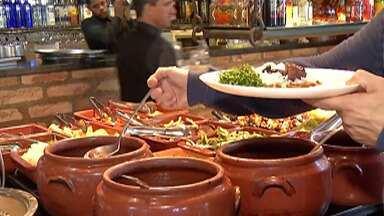 Chegada do frio muda dos hábitos alimentares no Alto Tietê - Procura por caldos e outros alimentos quentes cresceu nos comércios da região.