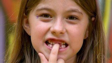 Projeto de faculdade usa 'fada do dente' para incentivar doações para pesquisa - Pesquisadores recebem os dentes, limpam e fazem estudos para melhorar a saúde bucal e curar doenças.