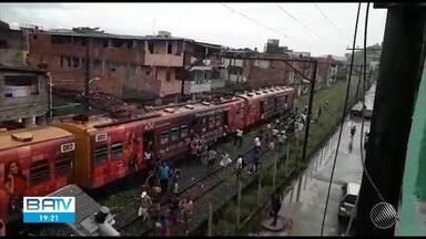Destaques do dia: problema mecânico causa paralisação dos sistemas de trens do Subúrbio - Confira outros fatos que marcaram a terça-feira (28).