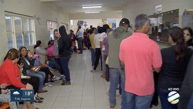 Vacina contra gripe é liberada para toda população em MS e postos têm fila antes de abrir - Toda a população tem oportunidade de se vacinar contra a gripe enquanto durarem os estoques da vacina.