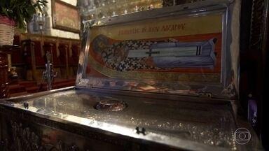 Ilha da religiosidade: igreja no Chipre guarda relíquias de São Lázaro - Lanarca, cidade localizada no Chipre, é um centro de peregrinação cristã. A Igreja de São Lázaro, construída no final do século IX, é dedicada ao homem que morreu duas vezes. Segundo a Bíblia, Lázaro ressuscitou dos mortos num dos milagres de Cristo.