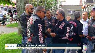Corpo de Serguei é velado neste sábado no RJ - Velório é realizado na Câmara de Vereadores de Saquarema. Cantor tinha 85 anos e morreu na manhã de sexta-feira (7) em Volta Redonda.