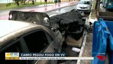 Carro pega fogo em Vila Velha, ES - Foi na avenida Gil Veloso na Praia da Costa.