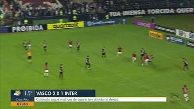 Inter soma três derrotas fora de casa após perder para o Vasco - Vascaínos ganharam por 2 a 1.