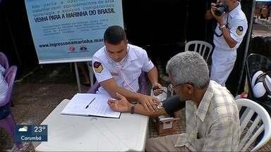 Marinha oferece serviços à população - Em Corumbá.