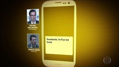 Moro e Dallagnol fazem referência ao ministro Luiz Fux em novos trechos de mensagens - O site Intercept publicou nesta quarta-feira (12) novos trechos de mensagens atribuídas ao então juiz Sérgio Moro e ao procurador Deltan Dallagnol.