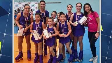 Patinadoras de Mogi das Cruzes conquistam medalhas - Campeonato foi realizado no litoral e contou com 100 participantes de várias academias da capital, litoral e Rio Grande do Sul