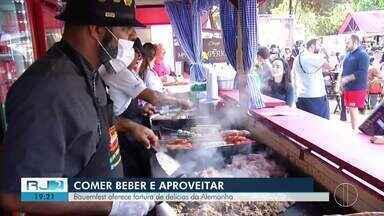 Bauernfest oferece fartura de delícias da Alemanha - Festa em Petrópolis, na Região Serrana, começou nesta sexta-feira (14).
