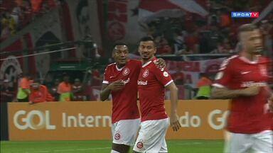 Internacional 3 x 1 Bahia