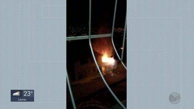 Casa é destruída por incêndio em Varginha - Casa é destruída por incêndio em Varginha