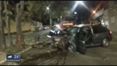 Homem fica ferido em acidente de carro em Três Corações - Homem fica ferido em acidente de carro em Três Corações