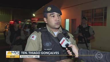 PM prende traficante durante culto em Esmeraldas, na Grande BH - Segundo a corporação, Pue ainda tentou subornar os policiais oferecendo dois revólveres e um carro.