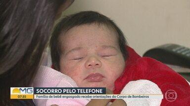 Família de bebê engasgada recebe orientações de bombeiro por telefone em Belo Horizonte - Linda, de 21 dias, se sufocou após mamar. Mãe foi orientada por militar, que conseguiu salvar a vida da criança.