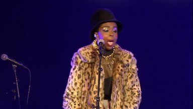 Ms. Lauryn Hill Plays Baloise Session