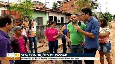 Moradores do bairro Pedras reclamam das condições das ruas - Confira mais notícias em g1.globo.com/ce