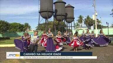 Carimbó na melhor idade: Grupo de idosas se apresenta pela cidade dançando carimbó - Carimbó na melhor idade: Grupo de idosas se apresenta pela cidade dançando carimbó.