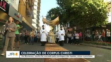 Celebração de Corpus Christi em Blumenau - Celebração de Corpus Christi em Blumenau