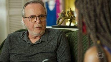 César diz a Jaqueline que quer ter uma convivência de pai com a jovem - Vânia fica desconfiada e questiona as verdadeiras intenções de César