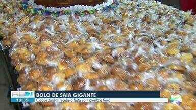Festa do Maior Bolo de Saia é realizada no bairro Cidade Jardim nesta quinta (20) - Evento faz parte da programação das Comidas Gigantes de Caruaru.