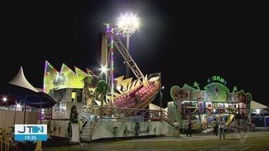 Vila Junina anima o feriado de Corpus Christi, em Praia Grande - Festa recebe equipe para cuidar da segurança dos frequentadores.