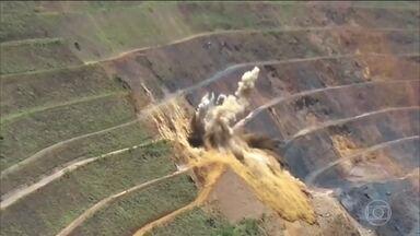 Placa mostra que explosões estavam previstas para antes do rompimento da barragem da Vale - A mineradora disse que fez detonações no dia do acidente, mas após o rompimento da barragem de Brumadinho (MG).