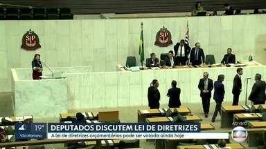 Deputados discutem lei de diretrizes orçamentárias - Lei irá nortear a elaboração do orçamento de 2020.
