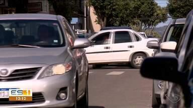 Vítimas de furtos de veículos se queixam de insegurança em Aracruz, no ES - Mesmo com cerco da polícia, crimes continuam acontecendo, segundo a população.