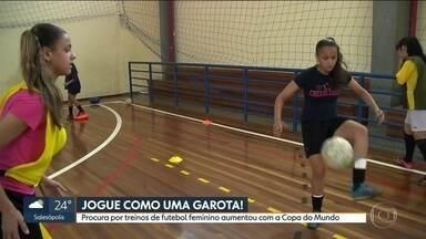 Procura por treinos de futebol feminino aumenta em São Paulo - Com a Copa do Mundo feminina, a procura pela modalidade cresceu 20% n a capital.