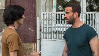 Episódio 2 - Nico, braço-direito de Capitanu, passa uma missão para Relu fazer acompanhado de Teddy, filho do chefe. Teddy acaba descobrindo onde Relu vive e conhece sua filha, Magda.