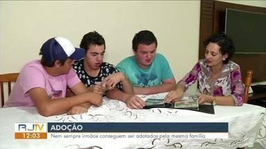 RJ1 conta histórias de adoção no Sul do Rio - Psicóloga explica importância do ato.