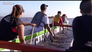 Canoagem é torna uma boa opção de lazer e atividade física com contato com a natureza - Grupo se reúne de terça à sábado para navegar pela baía do Guajará