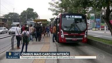 Passagens de ônibus em Niterói passam de R$3,90 para R$ 4,05 - Segundo a prefeitura, a alta de 3,8% já estava determinado por contrato. Com isso, quer aumentar o número de ônibus com ar condicionado, principalmente na Zona Norte da cidade;