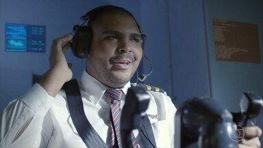 Áudios Que Esperamos Não Escutar - Atenção, tripulação! - Atenção, senhores passageiros.