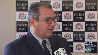 Prefeito de Lençóis Paulista bate em dois carros estacionados e foge do local do acidente - Segundo testemunhas, Anderson Prado apresentava sinais nítidos de embriaguez. Outro veículo 'resgatou' o prefeito do local e fugiu pela rodovia.