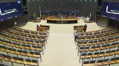 Senadores estudam proposta paralela para incluir estados na Previdência - PSB decide abrir processo contra os 11 deputados que votaram a favor da reforma da Previdência e contrariaram a orientação do partido.